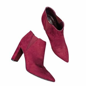 Marc Fisher burgundy ankle booties 7.5 Point Toe